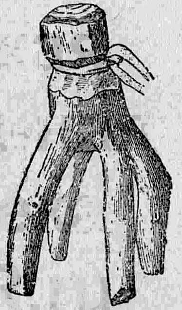 Амулет из деревянного сучка